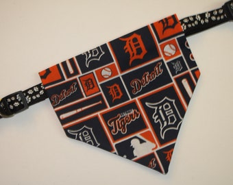 No-Tie, Slip Over Collar Dog Bandana, Detroit Tigers Fabric (collar not included)