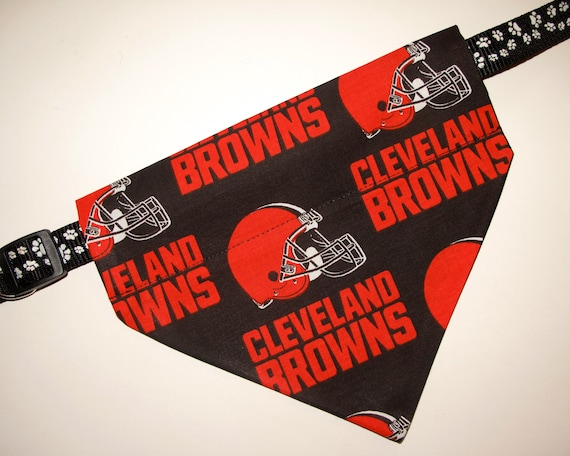Cleveland Browns Pet No-Tie Dog Bandana Slip On Over the Collar