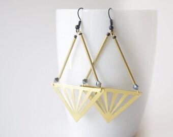 Orecchini a triangolo minimalista, istruzione in ottone lunghi orecchini, orecchini di estate