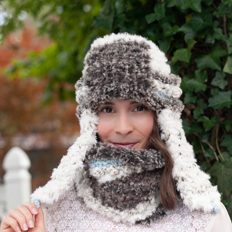 e722888059566 Loom Knit Faux Fur Trapper Hat and Cowl PDF PATTERN.
