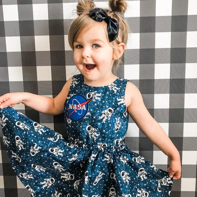bd51c572061af Lastronaute robe la NASA Galaxy bébé robe enfant en bas âge