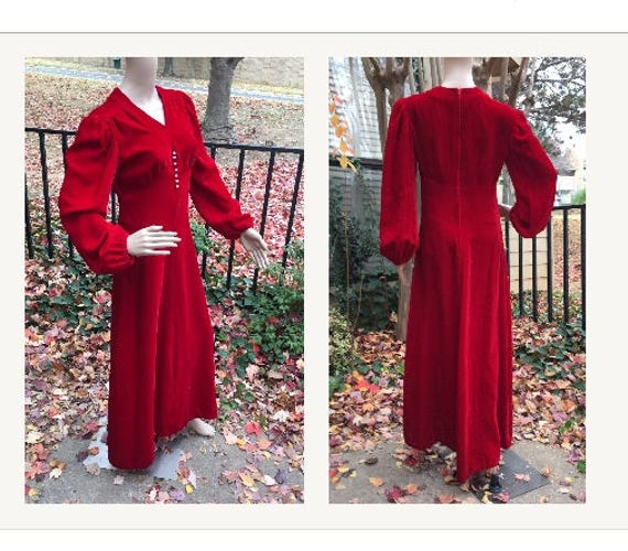 Red Velvet Dress Vintage 60s does 30s Old Hollywoo
