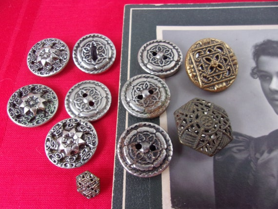FRENCH VICTORIAN ANTIQUE STERLING SILVER ENAMEL BUTTON BUTTONS