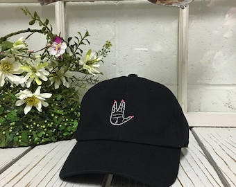 ALIENS WELCOME HAND Baseball Hat Curved Bill Low Profile Embroidered Baseball  Caps Dad Hats Black 9b8cc54a5adb