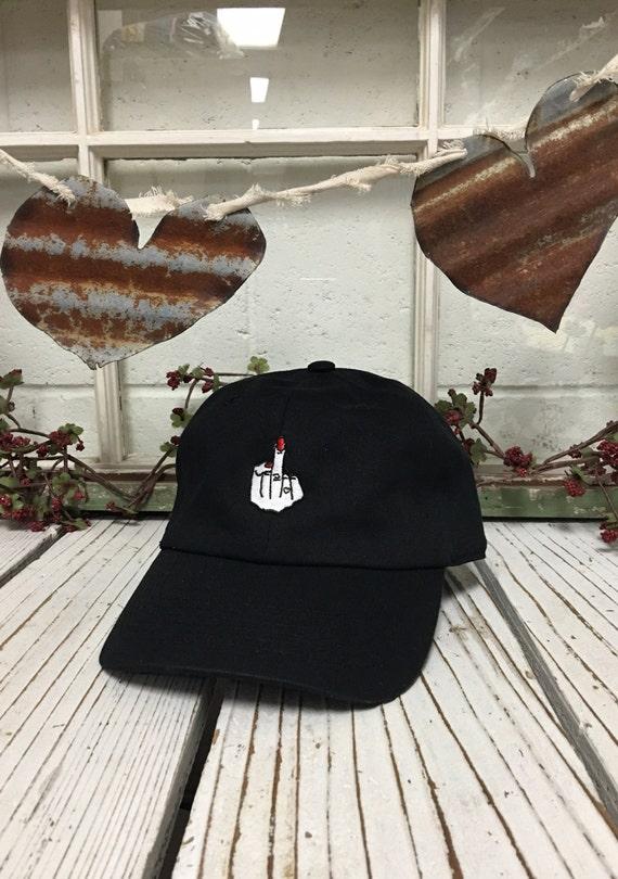 MUJER dedo bordado gorra de béisbol bajo perfil curvado pico  4582f7ad43e