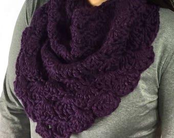 Chunky Shell Cowl, Infinity Scarf, Crochet Cowl, Purple Scarf, Circle Scarf, Purple Cowl, Fall Fashion, Winter Fashion, Ready To Ship