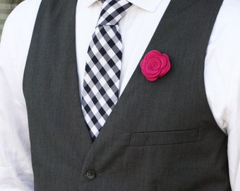 Wool Felt Flower Lapel Pin - Fuschia