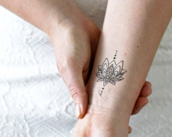Small lotus temporary tattoo / bohemian temporary tattoo / boho tattoo / lotus tattoo / lotus fake tattoo / boho gift idea