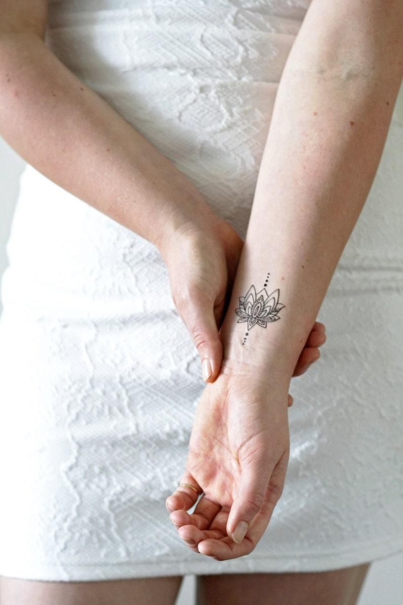 Small lotus temporary tattoo / bohemian temporary tattoo / image 0