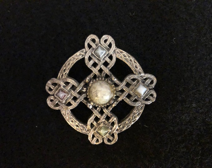 Imported Agate Celtic Brooch