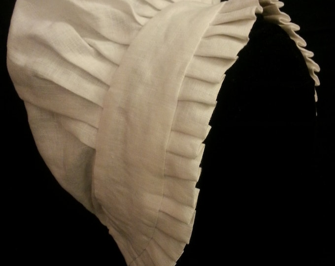 Pleated Ruffle Cap