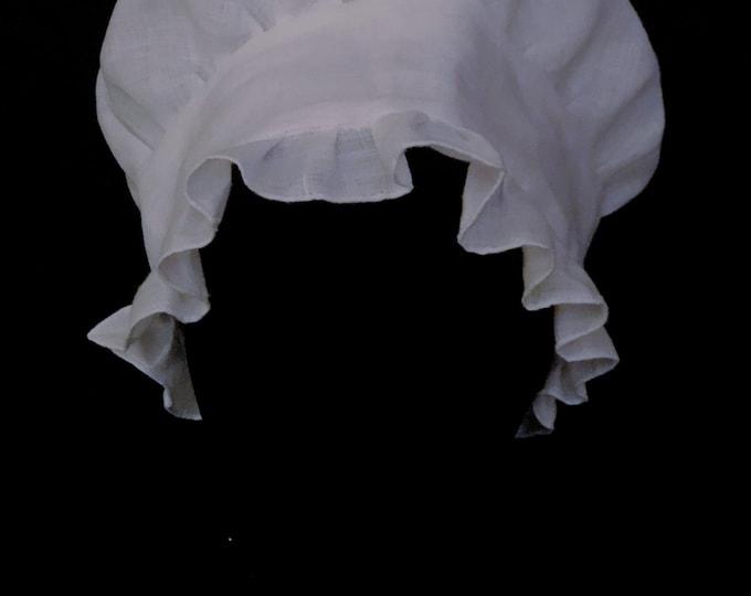 Narrow Ruffle Cap
