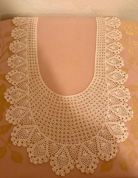 Beautiful Vintage Long Lace Collar - image 4