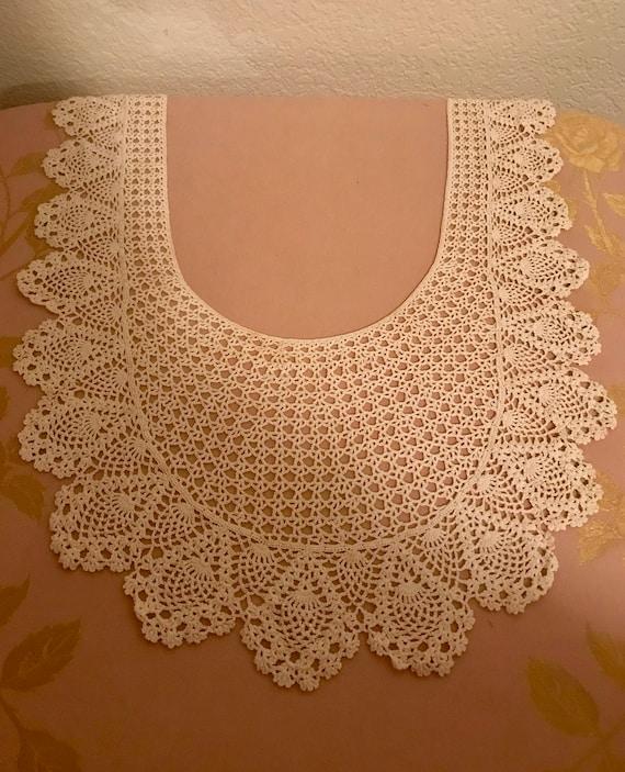 Beautiful Vintage Long Lace Collar - image 3