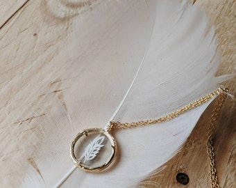 Papercut feather pendent necklace