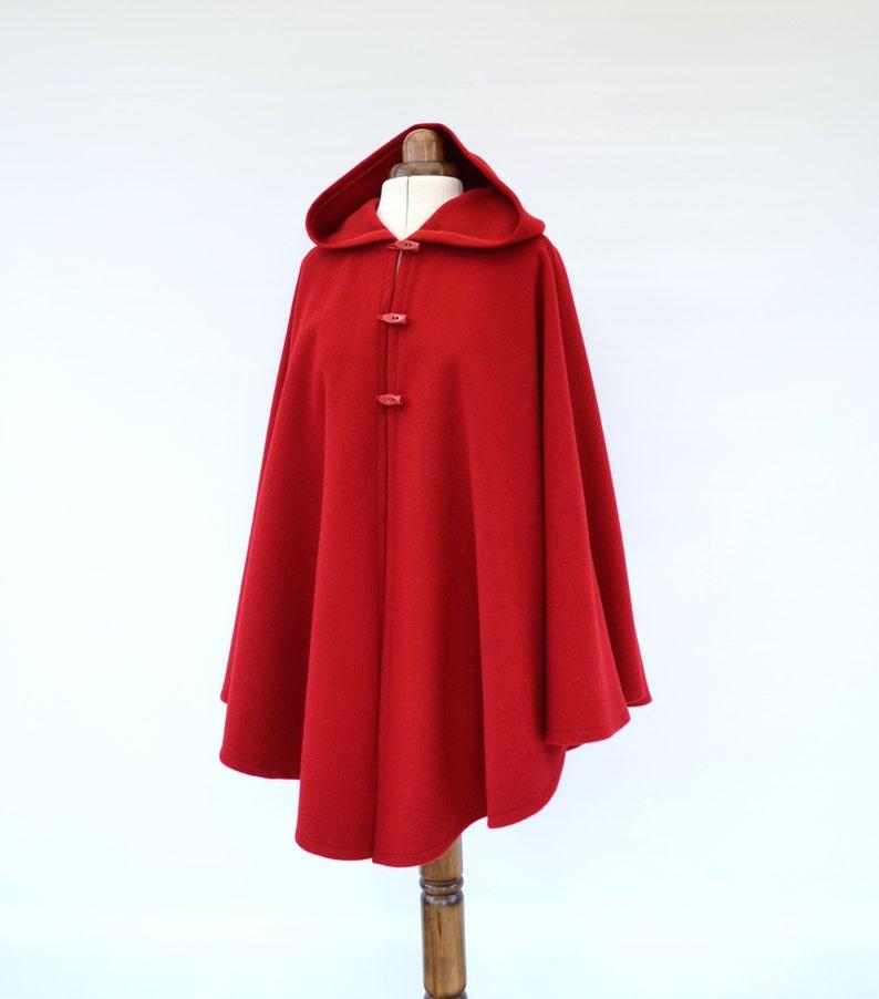 Mantella in Cashmere Lana rosso con cappuccio cappotto del  ae582c44938