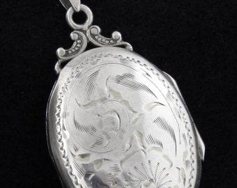 BIRKS - Vintage Sterling Silver Locket Pendant Necklace w/ Sterling Silver Chain