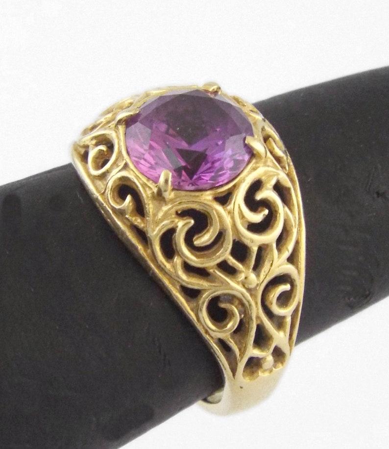 UNOAERRE Italy Size 6.75 Vintage 18K Yellow Gold Tourmaline Ring