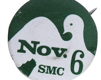 60s Student Mobilization Pin