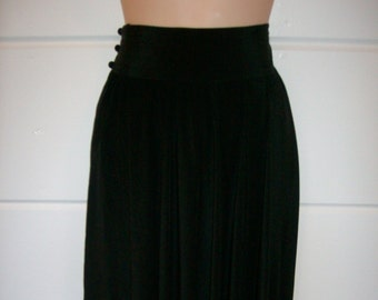 80's High Waisted Black Silk Skirt Flare Mid calf Length Size 8 Capricci Brand Made in Hong Kong