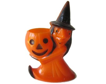 Rosbro Vintage Halloween Witch Holding Pumpkin Candy Container / Vintage Halloween / Rosbro Providence RI/ Halloween Decor