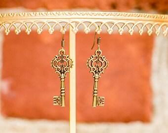 Skeleton Key Earrings (Fancy)