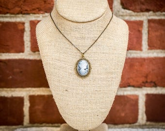 Grey Lady Cameo Necklace (Fancy)