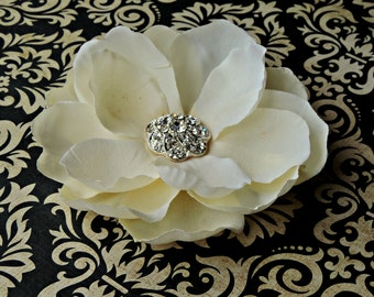 Sale Bridal wedding hairpiece hair clip bobby pin Ivory / off white hair accessories rhinestones