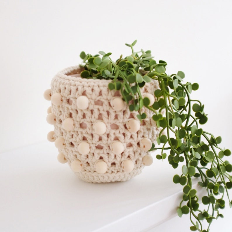 Crochet Beaded Pot Cover / Vase image 0