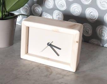cream rectangular clock