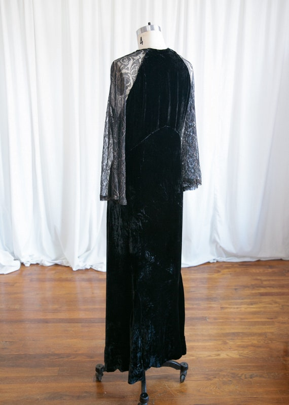 Enigma gown | vintage 30s velvet gown | 1930s bla… - image 7