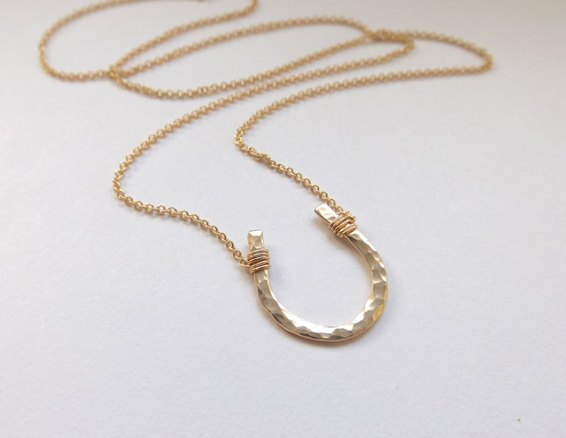 Small Gold Hammered Horseshoe Necklace // Cable Chain image 0