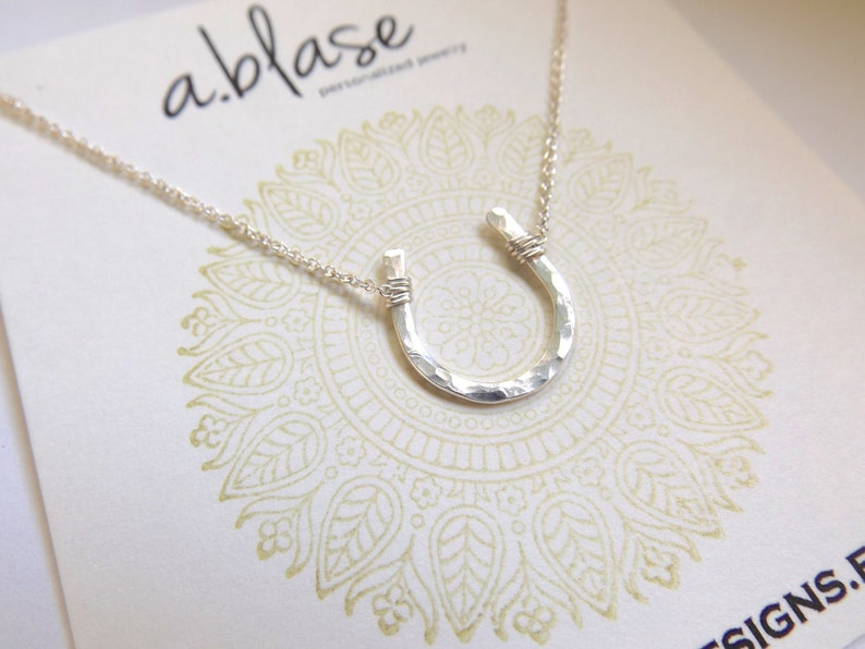 Small Silver Hammered Horseshoe Necklace // Cable Chain image 1