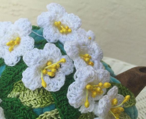Häkeln Sie Tee gemütlich blauen Tee Abdeckung weiße Blüte Tee | Etsy