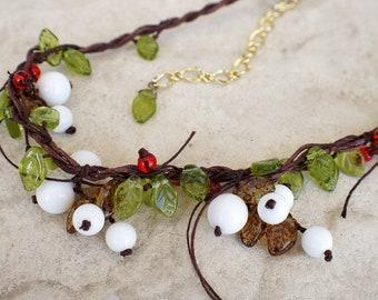 wood snowberries pendant blackwhite necklace