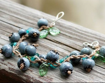 Blueberry bracelet - Lampwork berries jewelry - Contemporary nature jewellery - Nature lovers bijou