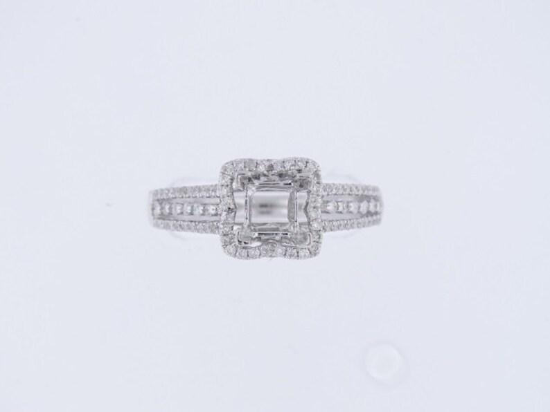 14K White Gold Diamond Halo Design Engagement Ring Anniversary image 0