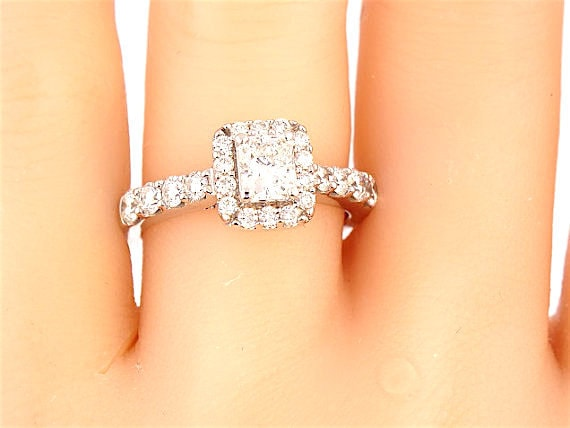 14K White Gold 1.10 Carat Princess Cut Halo Engagement Ring Wedding Ring Classic Halo Solitaire Yellow Gold Rose Gold Antique Ring Art Deco
