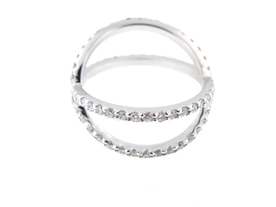 Sólido de plata esterlina 925 anillo de banda de la eternidad fila 3 Cubic Zirconia Varios Tamaños