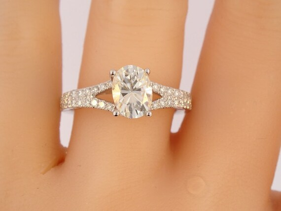18K White Gold Diamond and 8MMx6MM Forever Brilliant Oval Shape Moissanite Engagement Ring Wedding Ring Antique Ring Anniversary Ring