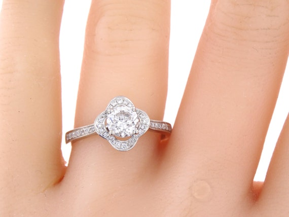 14K White Gold 1.00 Carat Diamond Flower Halo Engagement Ring Wedding Ring Anniversary Ring Floral Design Vintage Rose Gold Yellow Gold 18K