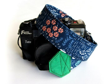 Pretty camera strap, Floral camera strap, organic cotton, gift for photographer, dark blue strap for women