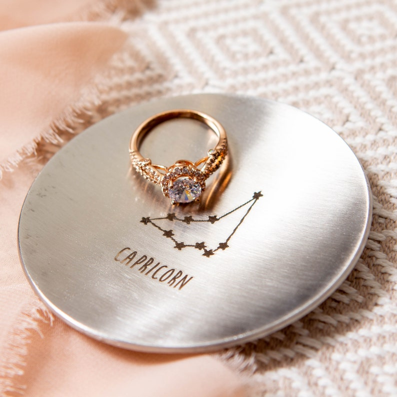 Round Metal Jewelry Ring Dish Astrology Sign Birthday Gift Horoscope Theme Dish Zodiac Star Sign Lover Small Jewelry Tray