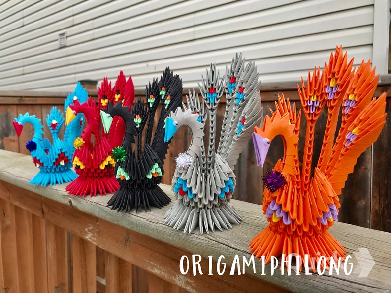 3D origami peacock | I used 448 modules.It looks difficult b… | Flickr | 596x794