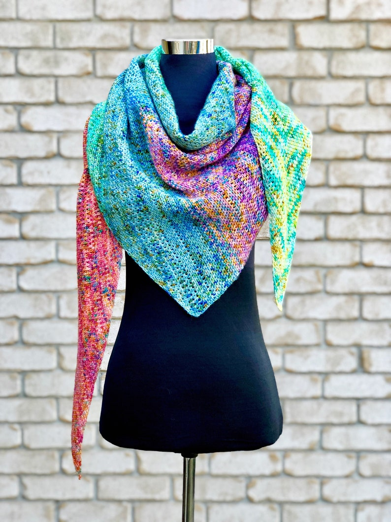 Crochet Pattern. Daydreamer Shawl. Fade shawl. Instant digital image 0