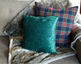 "Green Crushed Velvet Throw Pillow Cover - 16"" x 16"""
