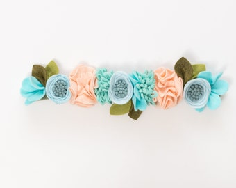 fancy free finery // felt flowers von fancyfreefinery auf Etsy