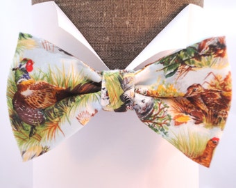 """Bow tie, pheasant print, pre tied, will fit neck size up to 20"""" (50cms)"""