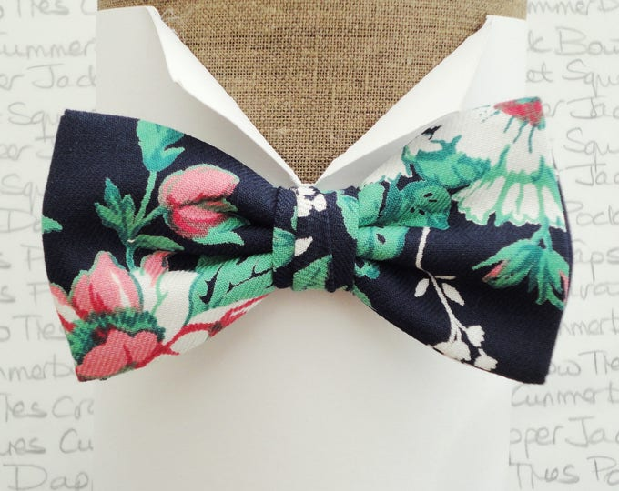 Floral bow tie for men, navy floral bow tie, wedding bow tie