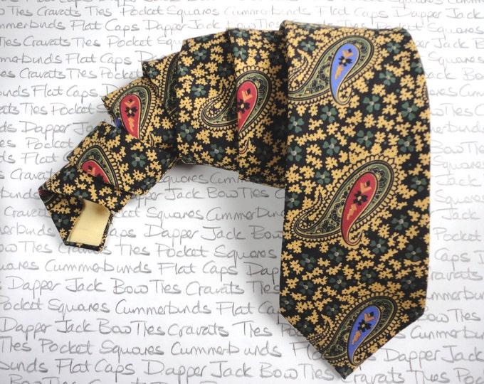 Necktie in a paisley Liberty Art cotton print, ties for men, paisley tie, men's ties